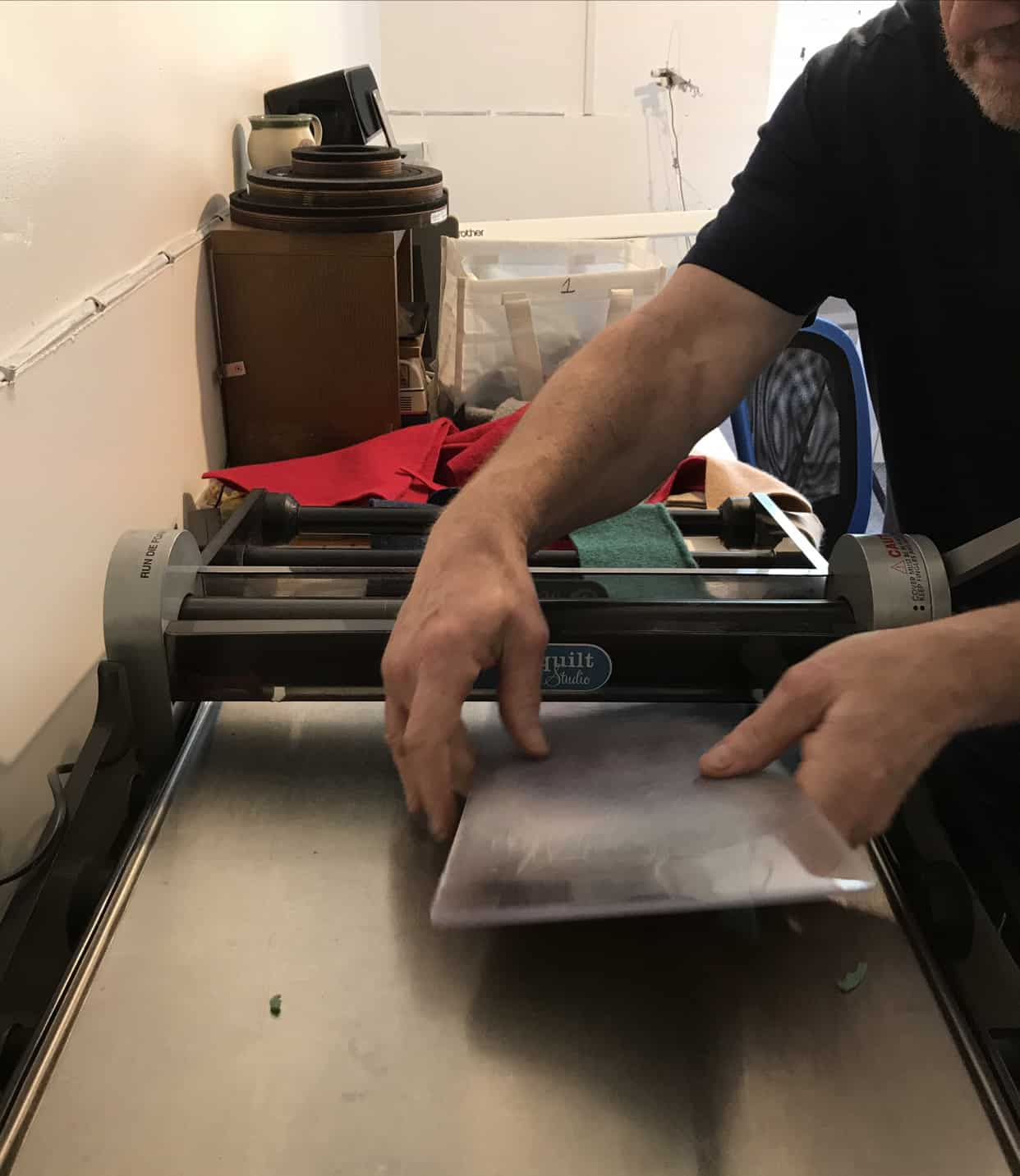 Rob on cutting press