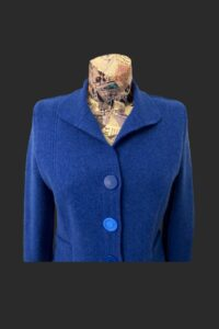 Small picture showing the collar folded down